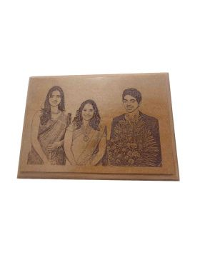 Penhouse.in Model: 15511 Square shape wooden frame with Photo engraving