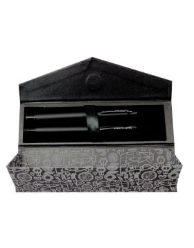 Submarine 2059 Model:17117   Mat Black Color Body   With Roller Ball And Twist Type Ball  Pen Set With Triangle Shape Magnetic Gift Box